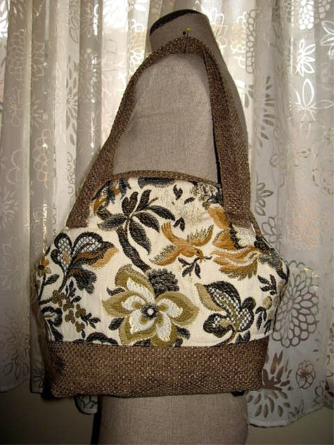 Pursesnapclosure_goldendoves_front_large