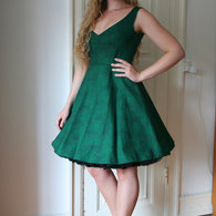 Henriette_elsine_green_dress1_listing