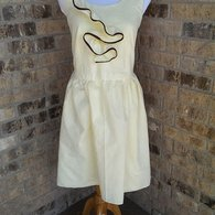 Front_of_coffee_shop_dress_listing