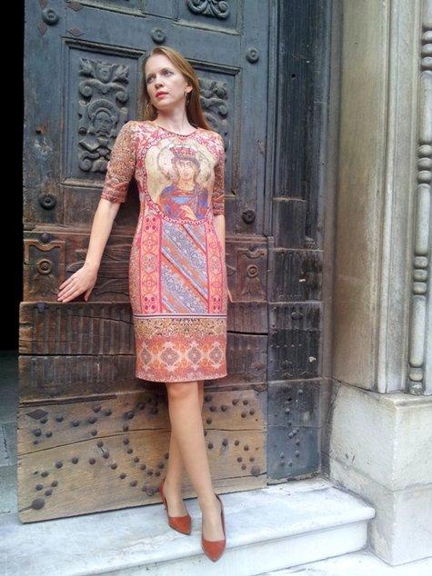 Dolce-gabbana-byzantine-mosaic-dress-5_large