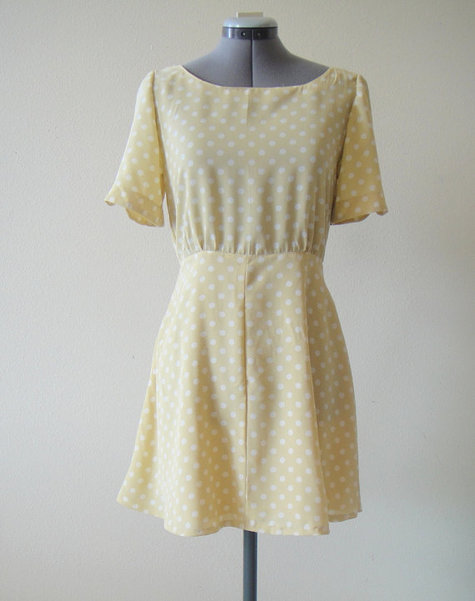 Creme Polka-Dot Dress. – Sewing Projects
