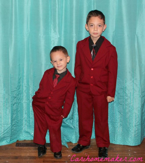 Red_suits_together_two_large
