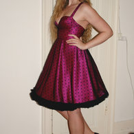 Henriette_pink_and_dots1_listing