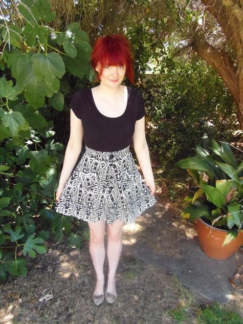 Black_and_white_heart_1_gingham_girl_large