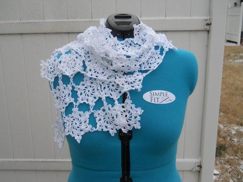 Snowflake_scarf_large