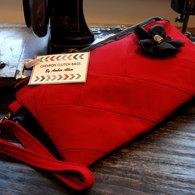 Red_clutch_front_view_listing