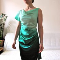Green_silk_drape_001_listing