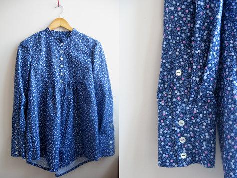 3_blauwe_blouse_kleine_bloem_large