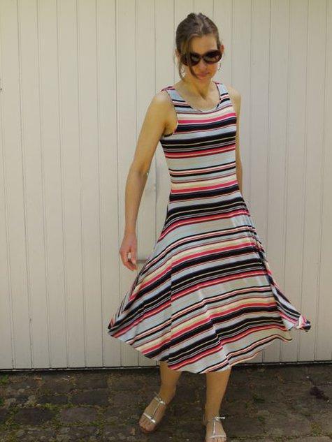 Stripe_jersey_dress_1_large
