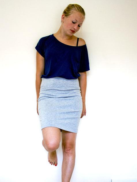 Pencil_skirt_large