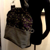 Carpetbag_purplevines2pocket_main_listing