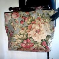 Knittingbag_vintagefloral_fauxleather_reversible_front_listing