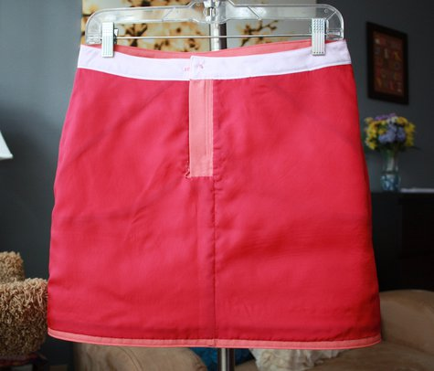 Coral_grainline_moss_mini_-_front_lining_on_hanger_large