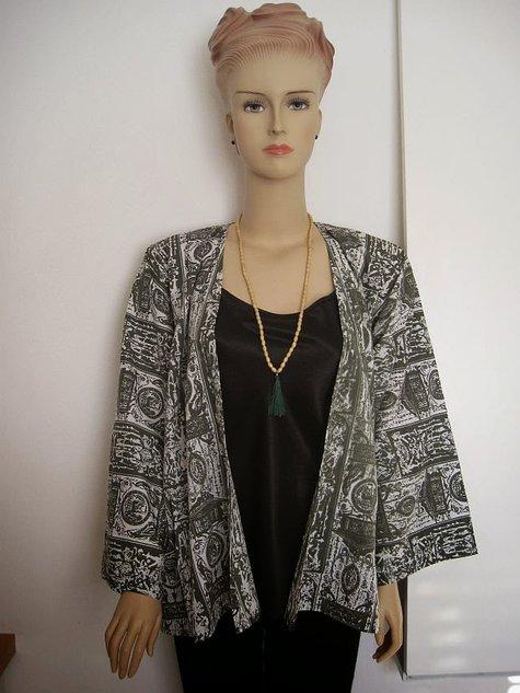 Green_kimono_complete_large