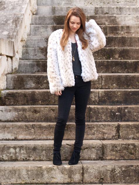 Fur_coat-1_large