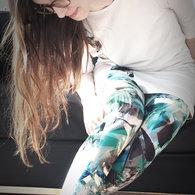 Roxie_leggings02_listing