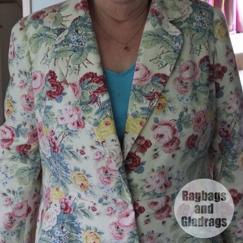 Mary_berry_jacket_02_large