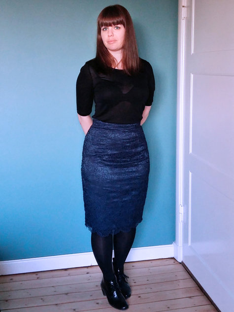 Blue_soutache_lace_pencil_skirt_front_stinap_large