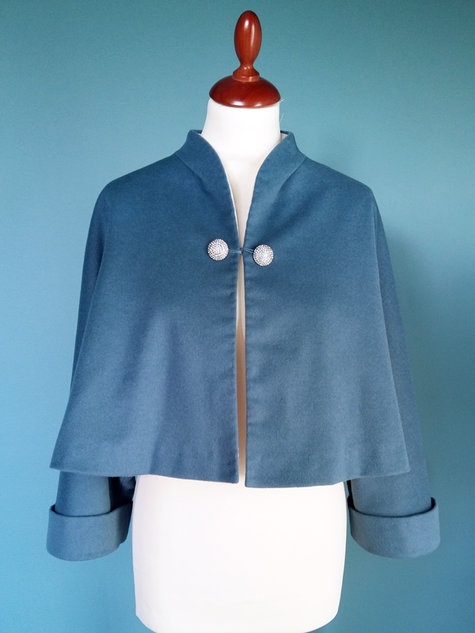 Vintage_vogue_v2934_jacket_front_stinap_large