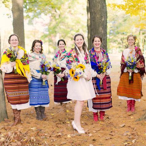 Stephanie_milinichik_and_bridesmaids_large