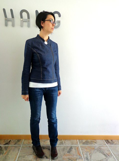 Asymmetric_denim_jacket_large