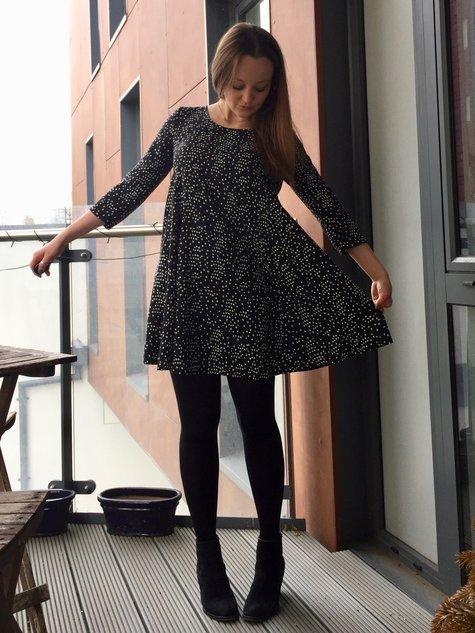 Dotty_viscose_nancy_dress_shape_large