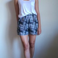 Textured_highwaisted_shorts_3_listing