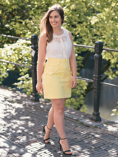 Summer-lemon-yellow-thepetitecat-look_large