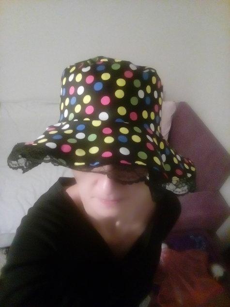 Cotton-velvet_hat_i_large