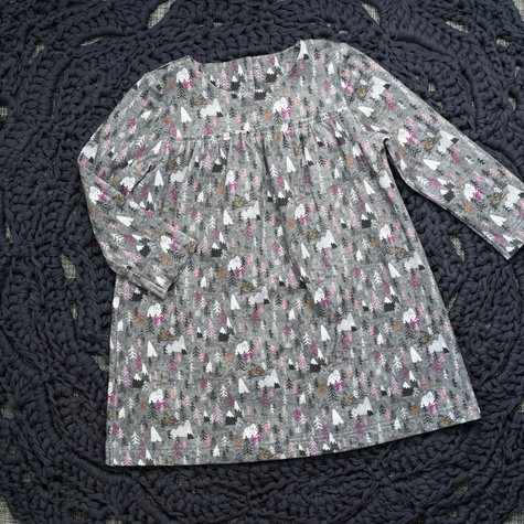 Baby_dress_147_amusingyarns_front_large