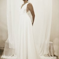 Yenny_lee_bridal_-_alicia_wedding_dress_listing