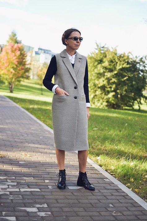 Mom_street_style_sleeveless_coat_large