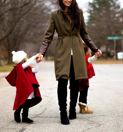 Red_green_burgundy_check_english_tweed_bespoke_custom_tailored_tartan_coat_jacket_kids_hooded_cape_scarlet_color_block_anagrassia_piccolas-83_large