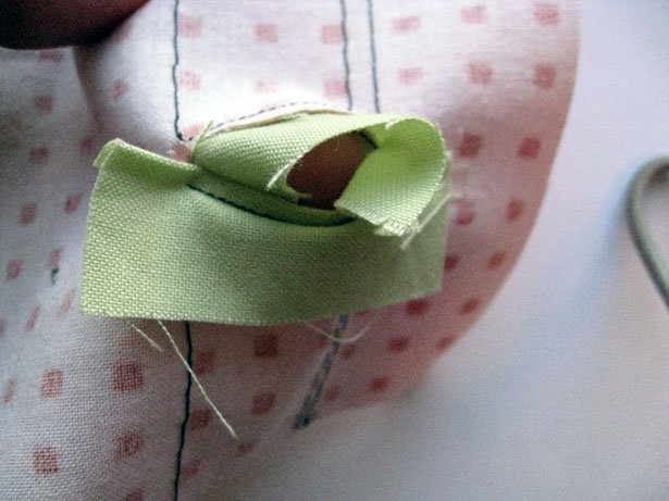 Bound_buttonhole08_large