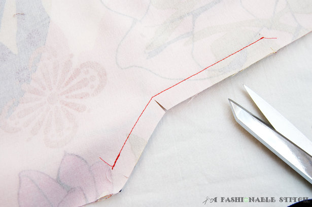 Sewing_a_vent_lining_3_large