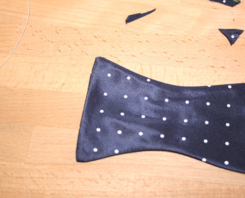 Turn Points when sewing a Bow Tie – Learning Sewing | BurdaStyle.com